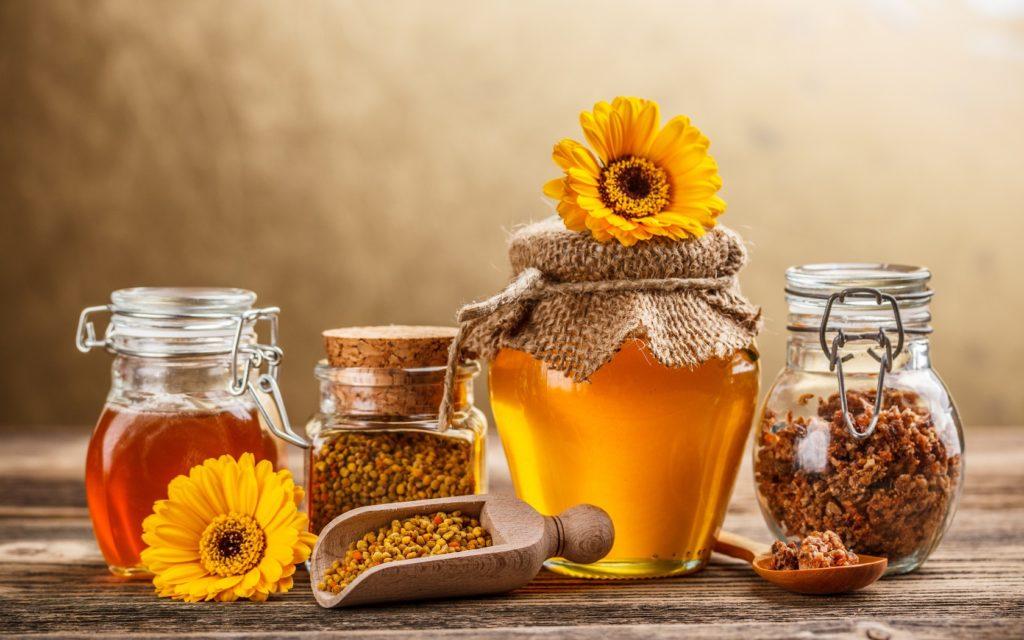 8. Bôi mật ong, mật ong nghệ 1