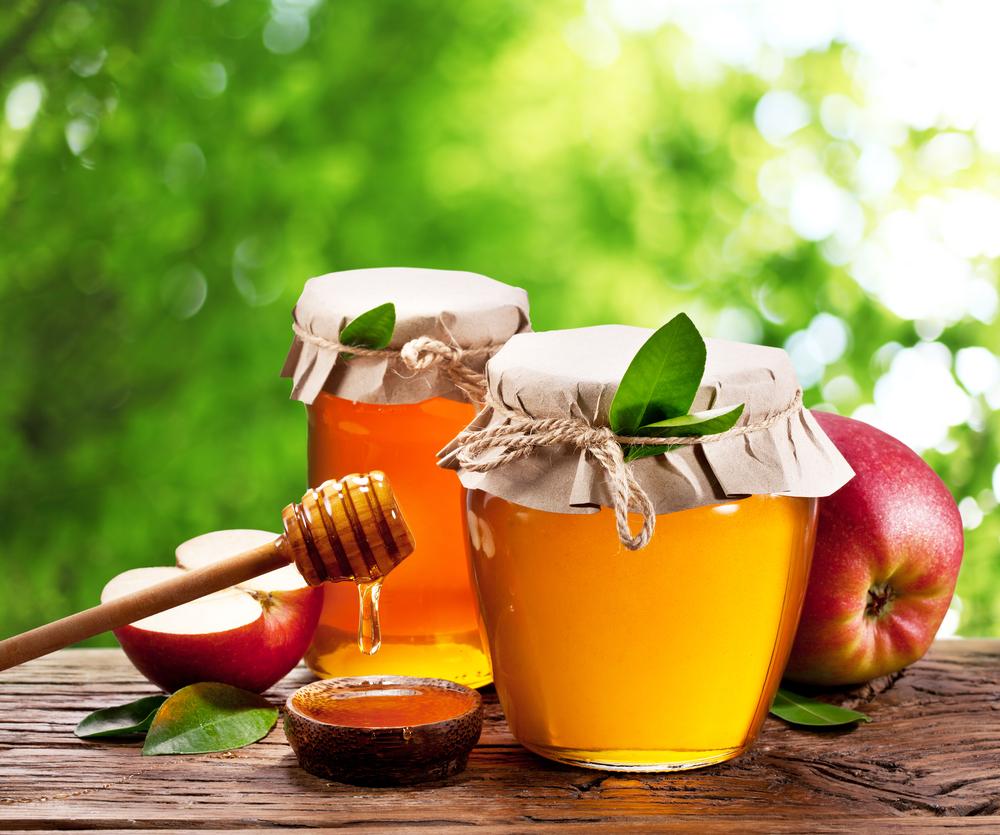 7. Mật ong kết hợp với nước ép táo 1