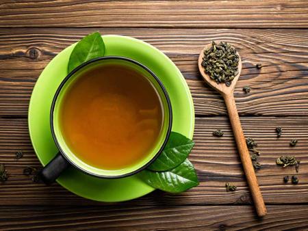 3. Uống trà xanh 1