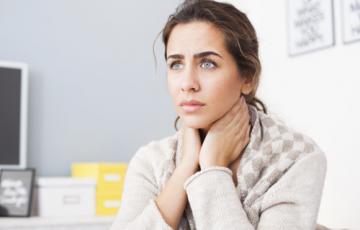 Nguyên nhân phổ biến gây ra chứng viêm họng kéo dài