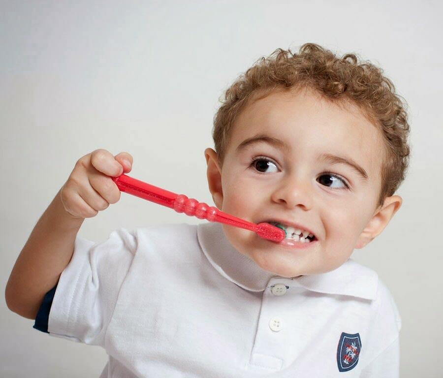 triệu chứng viêm họng cấp ở trẻ em 1